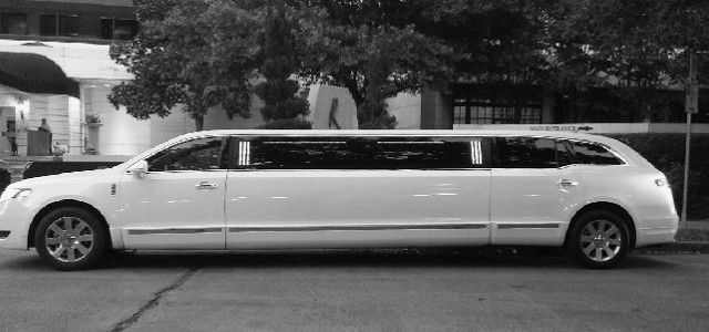 1 hour NYC Limousine service